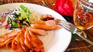 秋田県の銘柄鶏である「比内地鶏」に、さらに手間暇をかけました